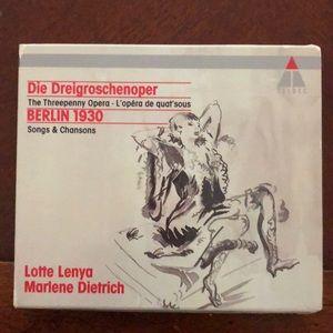 Threepenny Opera compact disc. 1930 recordings